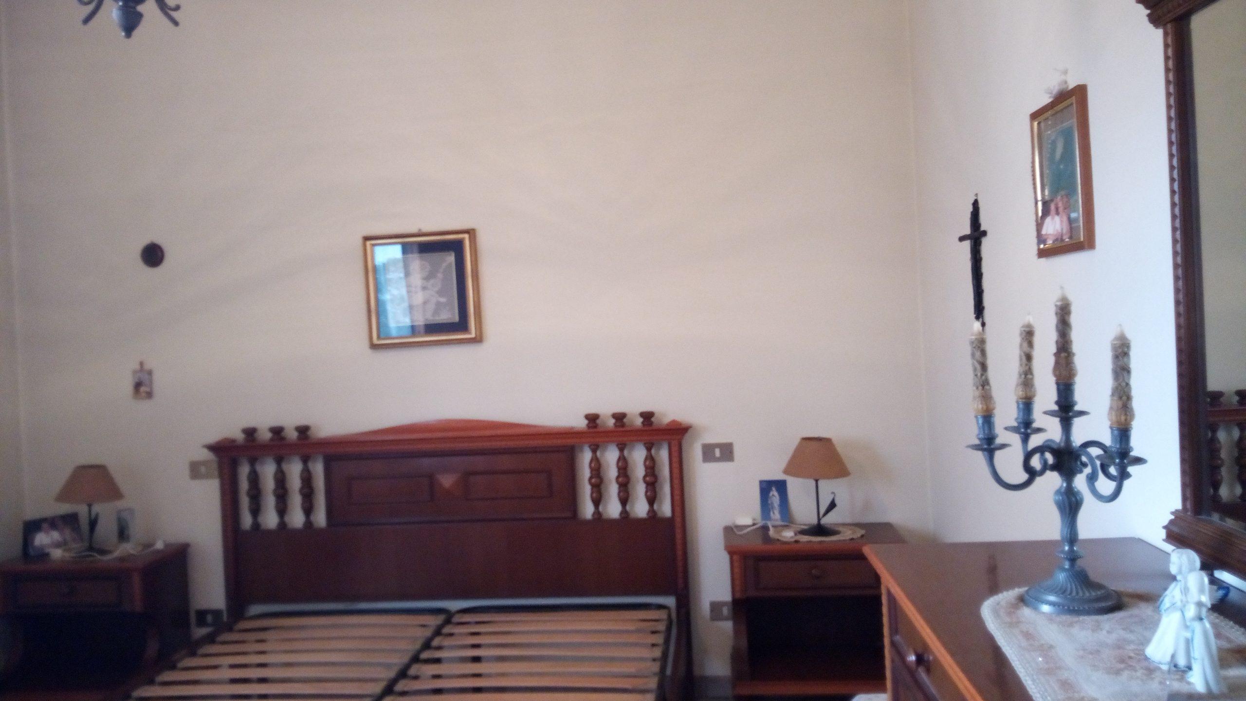 Pontirolo Nuovo porzione di casa indipendente composta da 2 appartamenti.